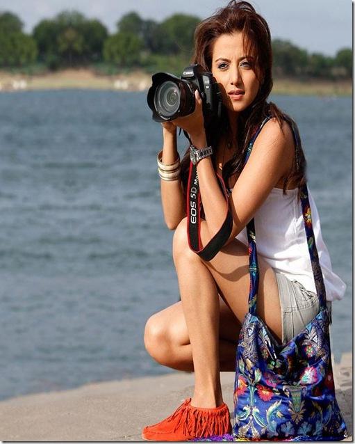 Kulraj Randhawa launched Ajay Devgans new online venture